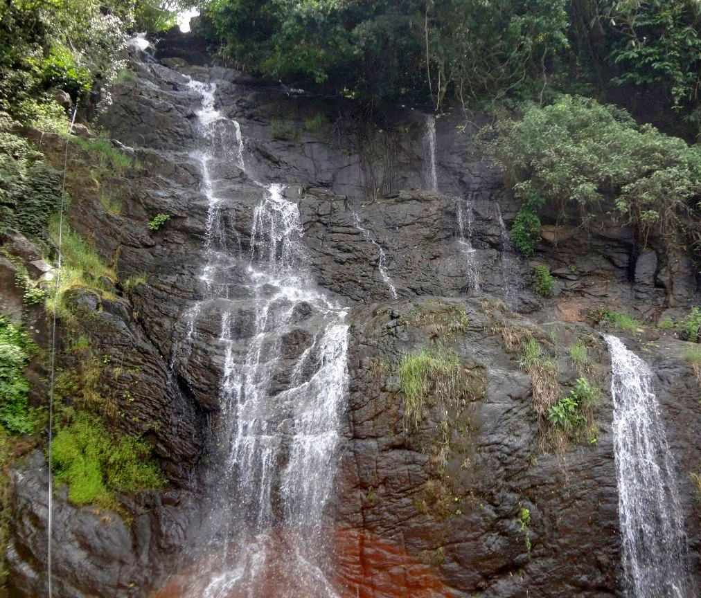 Valanjanganam Waterfalls